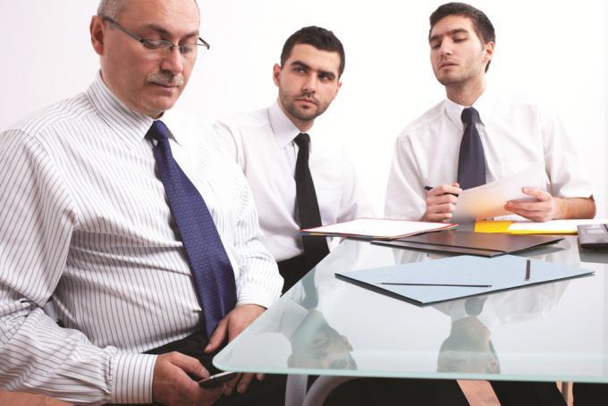 تفقد الهاتف في اجتماعات العمل